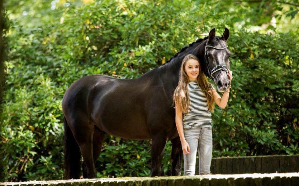 Deense ponyruiters oppermachtig op EK, Evi van Rooij vijfde