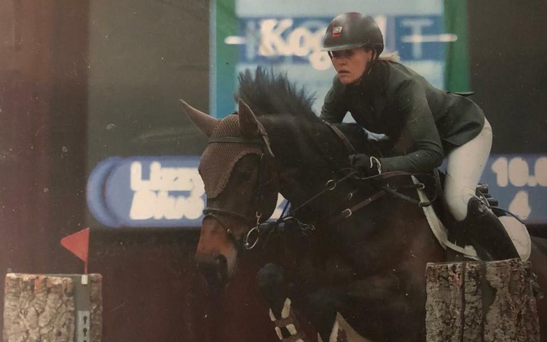 Lizzy de Gooijer wint Jumping Franeker