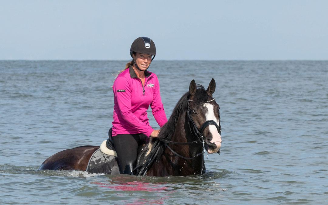 Lucie Louws: ik maak zulke mooie dingen mee met dit paard, dat is onbetaalbaar