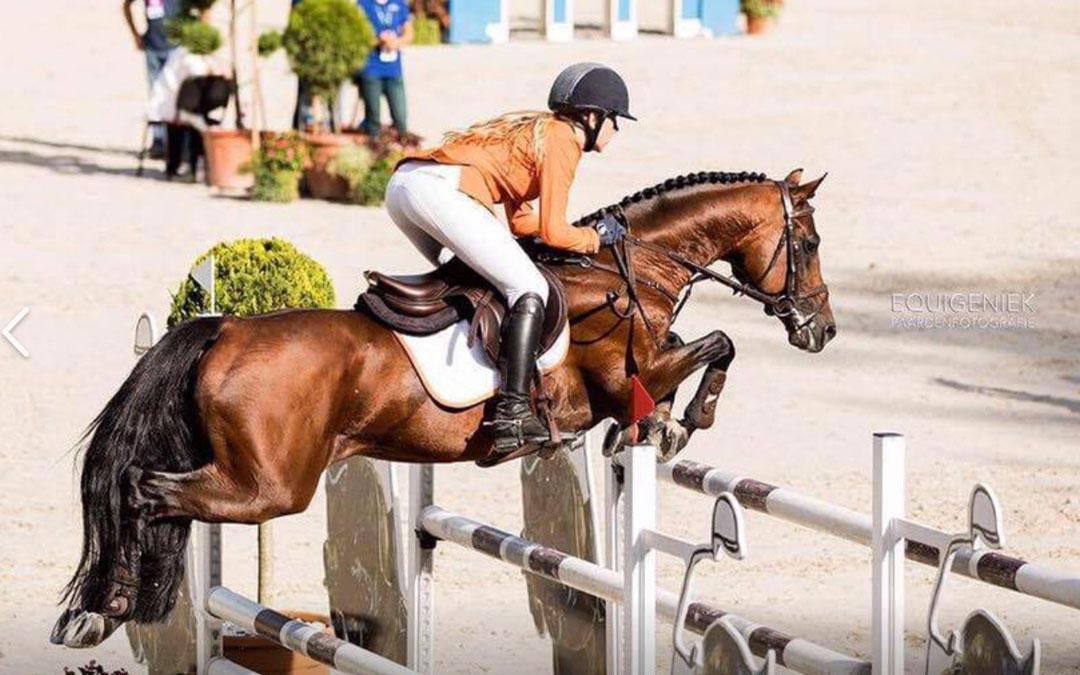Pam Nieuwenhuis wint ZZ-pony's