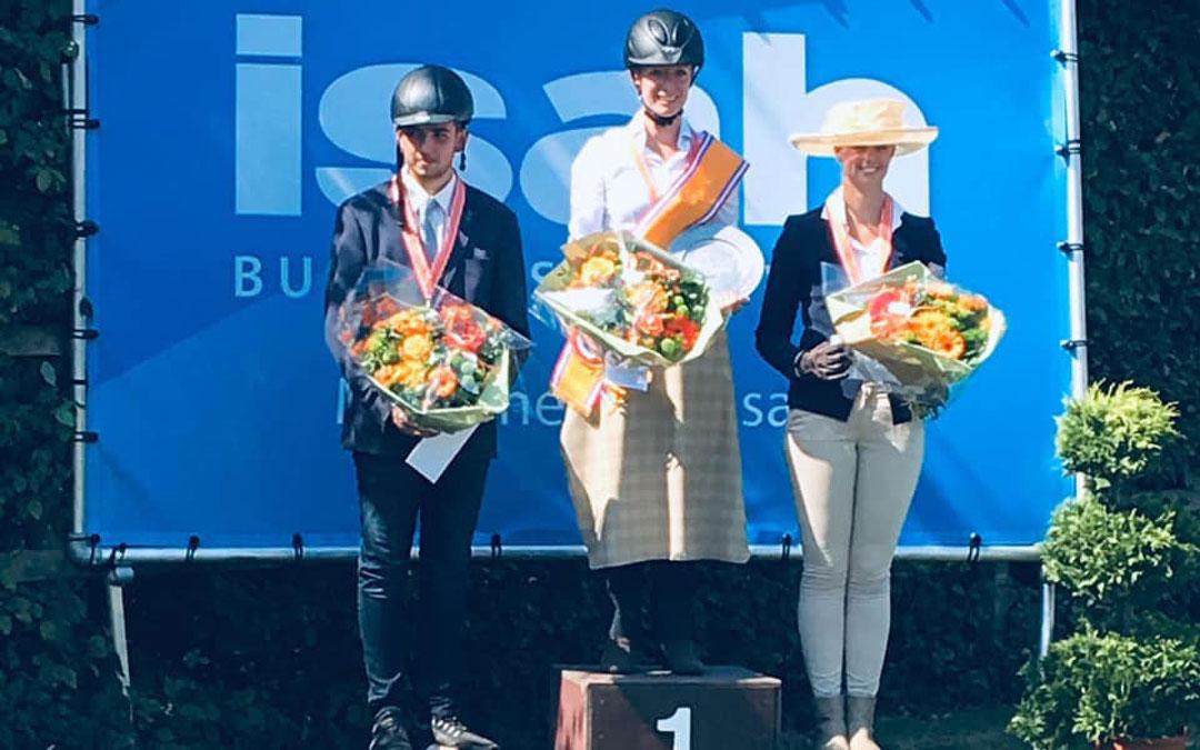 Tamara Pijl, Melanie van de Bunt en Marijke Hammink menkampioenen