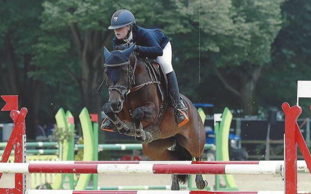 Fleur Holleman leidt NL-ponyteam naar tweede plaats