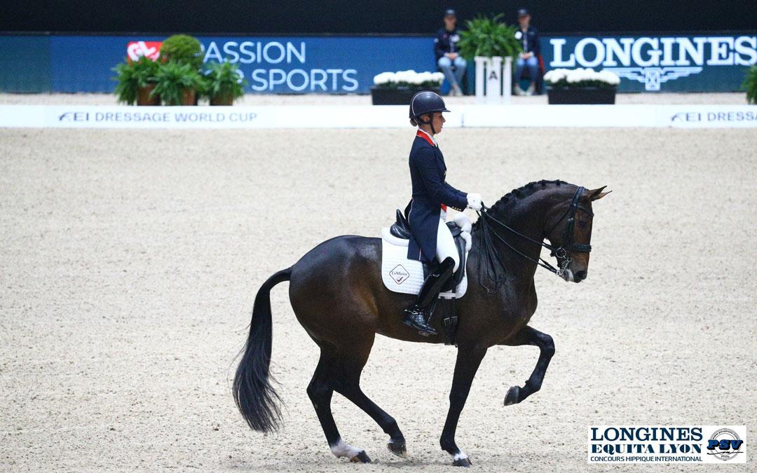 Charlotte Dujardin wint in Duitsland