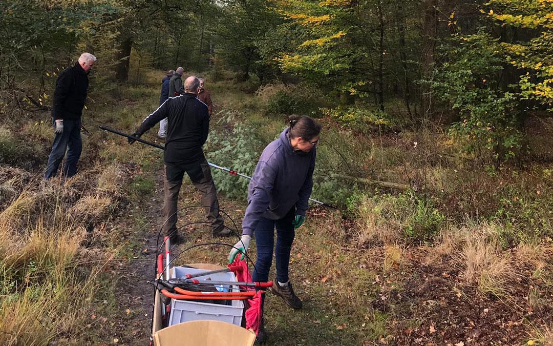 Opschoondag ruiter- en menpadenLeenderbos en Strabrechtse Heide