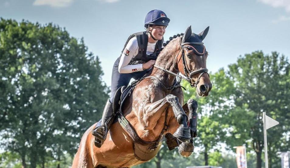 Zaterdag finale jonge eventingpaarden in Renswoude