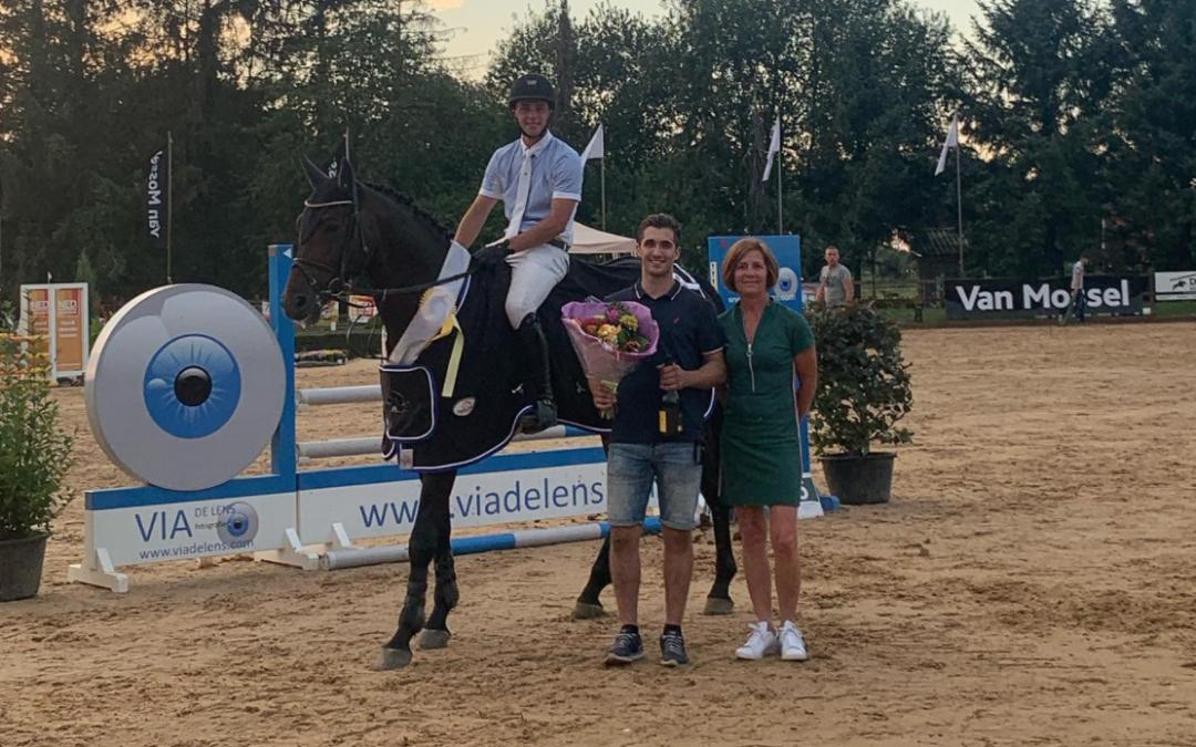 Sjoerd Kommers wint met Four Seasons