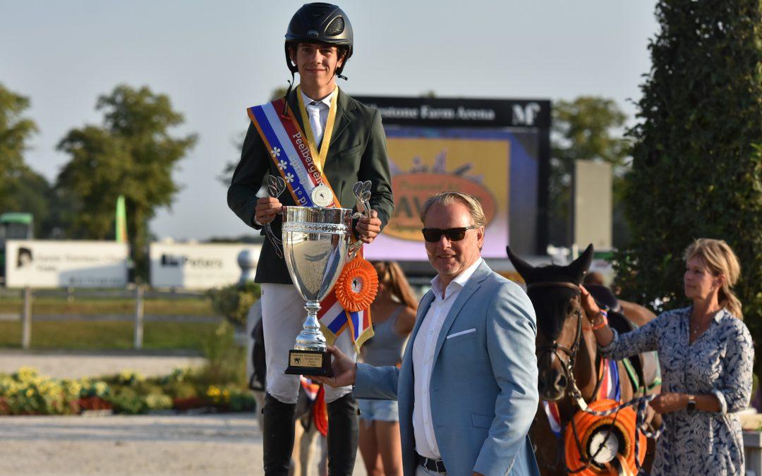 Podium pony's met Van Grunsven, Leemans en Fiechter