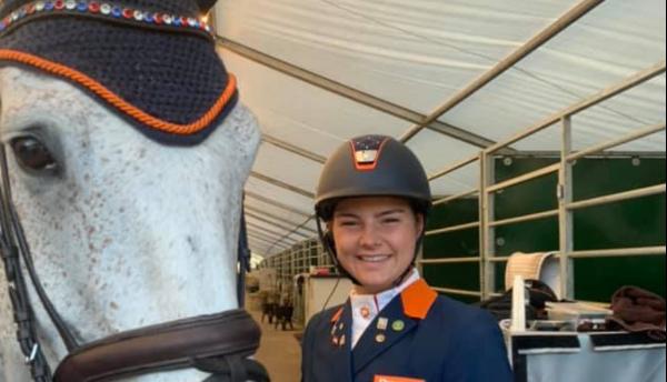 Kristy Snepvangers wint bij junioren