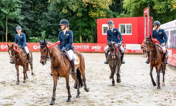 Nederland wint landenwedstrijd eventing in Strzegom