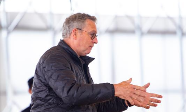 Peter Versteijnen: als ze van mij les krijgen, betalen ze een paar honderd per uur